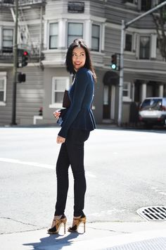 Anh Sundstrom of 9 to 5 Chic in 7FAM's The Slim Illusion Skinny with Contour Waist in Rinse #7After7 #7FAM