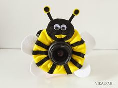 Vikalpah: DIY Bumble Bee Camera Lens Buddy for your photography loving friend