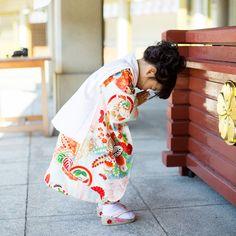 七五三ロケ撮影 古典柄着物 Japanese Babies, Cute Japanese, Kids Girls, Baby Kids, Smile World, Hina Dolls, Japanese Festival, Rite Of Passage, Japanese Outfits