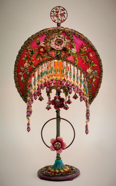 🌟Tante S!fr@ loves this📌🌟Crescent Moon silk lampshade. The shade is ombré dyed from fuchsia pink to magenta and has a confection of beautifully detailed, embroidered chenille flower appliqués Victorian Lamps, Antique Lamps, Vintage Lamps, Art Deco Table, Deco Boheme, Room Lamp, Chenille, Magenta, Lamp Shades