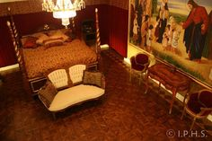 International Parquetry HIstorical Society: Making and installing ornate parquet floors