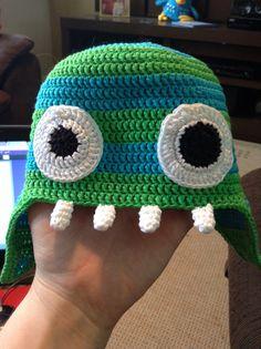 Touca de crochê de Monstrinho. Crochet Monster hat.