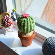 "Cactus - Free Amigurumi Pattern - PDF File click: ""Download the PDF Crochet Cactus Pattern here""  http://www.popsdemilk.com/crochet-cactus-pattern/"