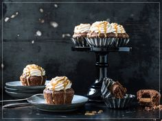 Cupcakes, V60 Coffee, Frosting, Coffee Maker, Muffin, Kitchen Appliances, Sweets, Breakfast, Desserts