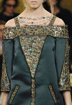 Chanel Pre-Fall 2011 Metiers d'Art Paris Byzance collection  #GG