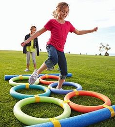 And obstacle courses. | 27 Creative And Inexpensive Ways To Keep Kids Busy This Summer