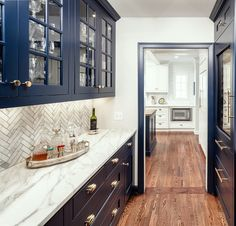 Modern Ideas For Home Design and Renovation Home remodeling butlers pantry - great home renovation S Homemade Furniture, Inexpensive Furniture, Furniture Plans, Kitchen Furniture, Furniture Stores, Furniture Removal, Furniture Assembly, Furniture Online, Discount Furniture