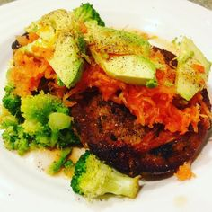 Weird but delicious combo. Salmon cake with broccoli Siracha sauerkraut avocado and chili oil. #lowcarb #iifym #strongeru #flexibledieting #paleo  #wholefood #cleaneating #sauerkraut #siracha by paleoalli