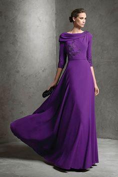 Style- lamiana. Pronovias. #BridesmaidDresses