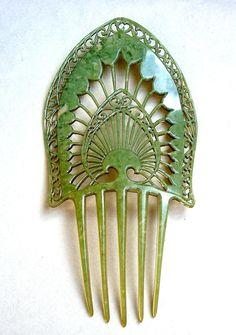 1910-1920s Jade green celluloid art deco mantilla design comb.