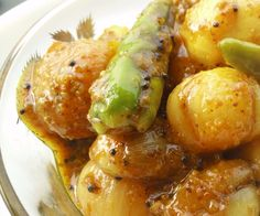 Onion Pickle Recipe (Pyaaz Ka Achaar)