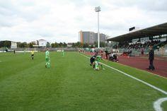 VfL-Stadion am Elsterweg, Wolfsburg; u.a. bei einem Spiel der Frauen des VfL Wolfsburg gegen die Frauen des SC Freiburg am 10. Oktober 2012 (http://fansoccer.de/6474/1-bundesliga-nachholspiel-des-5-spieltages-wolfsburg-gewinnt-umkampftes-nachholspiel/)