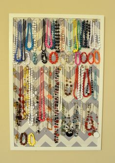 Organize Your Accessories And Jewellery - Use a bulletin board to organize your accessories and jewellery.