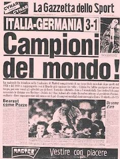 Per chi c'era! World Cup Champions, We Are The Champions, As Roma, Newspaper Front Pages, Newspaper Headlines, Cover Pages, Journal, Nostalgia, The Past