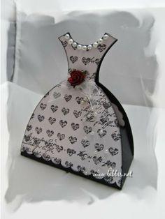 Konfirmant kjole-kort med plass til penger/gave