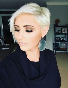 Platinum pixie hair cut ice white pixie hair long pixie blonde pixie younique makeup smokey eye pixie haircut platinum blonde pixie haircut ice white pixie hair pixie ideas pixie cut idea makeup looks rayahope raya coleman bronzey smokey eye statement earrings turtle neck outfit