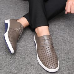 2018 Hot Selling Men's Shoes Leather Holes Design is part of Shoes - AutumnBrand Name merkmakFit Fits true to size, take your normal sizePattern Type SolidShoes Type OxfordsUpper Hei Mens Casual Dress Shoes, Casual Oxford Shoes, Dress With Sneakers, Mens Fashion Shoes, Casual Boots, Casual Sneakers, Sneakers Fashion, Men Casual, Men's Fashion