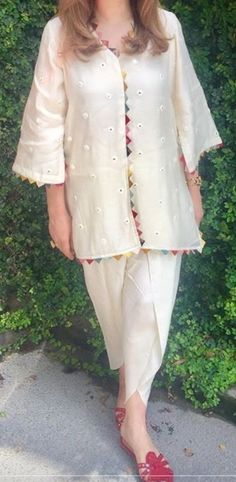 Home Pakistani Fashion Casual, Pakistani Dresses Casual, Pakistani Dress Design, Casual Dresses, Fashion Dresses, Pakistani Girl, Sleeves Designs For Dresses, Dress Neck Designs, Stylish Dress Designs