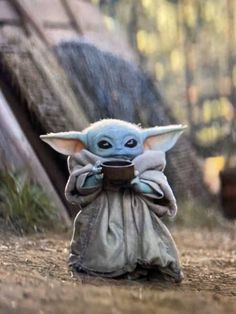 The latest meme obsession is Baby Yoda peacefully sipping a cup of soup, from episode 4 of The Mandalorian, streaming on Disney+. See more of the very best additions to this new moment of adorable. Star Wars Meme, Simbolos Star Wars, Really Funny Memes, Stupid Funny Memes, Funny Relatable Memes, Hilarious, Funny Stuff, Funny Gifs, Funny Quotes