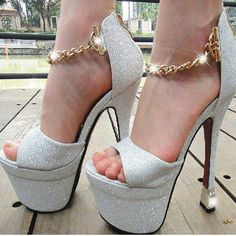 Pale Grey Wedge Stilettos w/ Gold Accents Hot Heels, Sexy High Heels, Platform High Heels, Classy Heels, Stilettos, Cute Shoes, Me Too Shoes, Talons Sexy, Killer Heels