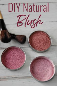 Want an alternative to over-priced makeup and toxin laden cosmetics? Learn how to make this diy natural blush! Just takes a few ingredients and seconds to make! natural make up diy DIY Natural Blush Natural Blush, Natural Beauty Tips, Natural Skin Care, Natural Curls, All Natural Makeup, Organic Makeup, Natural Glow, Natural Make Up, Organic Beauty