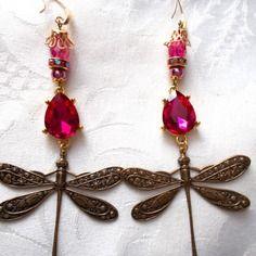 Boucles d'oreilles libellules bronze et cristal fuschia et rose