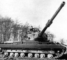 FV214 Conqueror - last British heavy tank, armed in 120 mm gun L1.