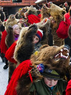 erikbergrinAnnual bear ritual gathering in Comanesti, Romania, In pre-Christian rural traditions, dancers wearing colored costumes or animal furs, toured from house to house in villages singing and dancing to ward off evil. Romania People, Popular Costumes, Romanian Girls, Visit Romania, Moldova, Beautiful Places To Visit, Eastern Europe, Winter Time, Traditional