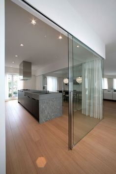 Best Kitchen Designs, Modern Kitchen Design, Interior Design Living Room, Interior Decorating, Modern Design, Studio Furniture, Furniture Design, Sliding Glass Door, Sliding Doors