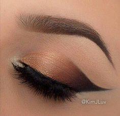 Vida Lux Cosmetics by Evelyn Lozada