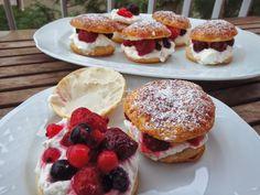 Les receptes que m'agraden: Pastissets de nata i fruits vermells - Pastelitos ...