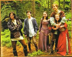 Image uploaded by Isabela. Find images and videos about narnia, ben barnes and georgie henley on We Heart It - the app to get lost in what you love. Narnia Cast, Narnia 3, It Movie Cast, Movie Tv, It Cast, Narnia Prince Caspian, Skandar Keynes, Edmund Pevensie, Lucy Pevensie
