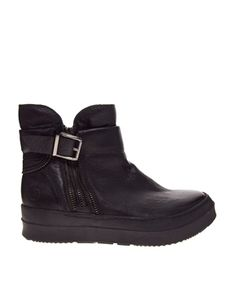 Shop the latest Bronx Flat Leather Ankle Boots trends with ASOS! Flat Leather Ankle Boots, Biker, Asos, Latest Clothes, Flats, Online Shopping, Accessories, Projects, Christmas