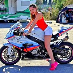 Motorcycles, bikers and Ural Motorcycle, Motorbike Girl, Motorcycle Outfit, Motorcycle Girls, Bmw S1000rr, Biker Boys, Biker Girl, Biker Chick, Super Bikes