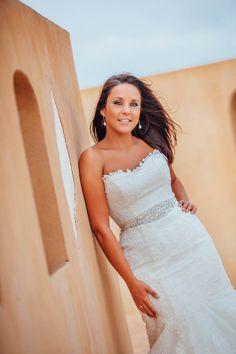 Mediterráneo Mediterranean bride Wedding Dresses, Fashion, Weddings, Bride Dresses, Moda, Bridal Gowns, Fashion Styles, Wedding Dressses