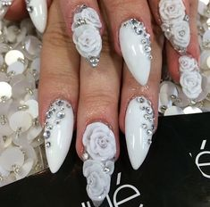 Laquenailvbar on instagram / stiletto nails / almond shaped nails / oval nails / nail art / acrylic nails / acrylic roses /