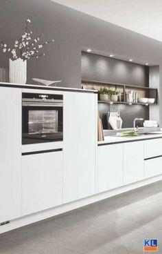 The name of the kitchen says it all. A beautiful sleek, modern, white kitchen. Open Plan Kitchen Living Room, Kitchen Room Design, Modern Kitchen Design, Interior Design Kitchen, New Kitchen, Kitchen Decor, Room Interior, White Kitchen Backsplash, Cuisines Design