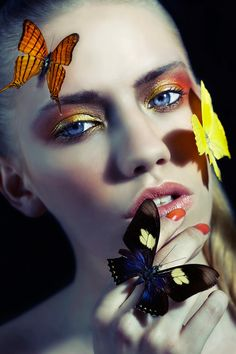 Ephemeral Clara Copley - The 'Ephemeral' Clara Copley editorial stars Storm Models face Lola who poses with an array of beautiful butterfly insects. Butterfly Images, Butterfly Effect, Butterfly Kisses, Butterfly Makeup, Butterfly Eyes, Madame Butterfly, Conceptual Photography, Portrait Photography, Angels Beauty