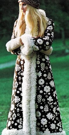 This coat would have been my dreamcoat! K., The #70's ~ Vogue US August 1970 Gunilla Lindblad by Zachariasen