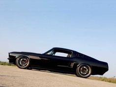 Mustang Fastback 67 : What else ...