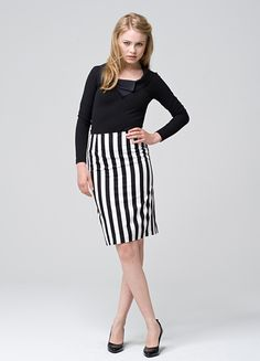 Streifenrock in Schwarz und Weiß // Black and white striped skirt by zweitracht_Fashion via DaWanda.com