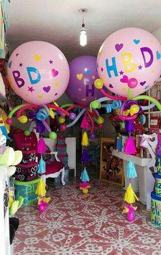 Believe – globos – ballons Balloon Table Centerpieces, Balloon Arrangements, Balloon Decorations, Birthday Decorations, Jumbo Balloons, Bubble Balloons, Helium Balloons, Balloon Tassel, Balloon Bouquet