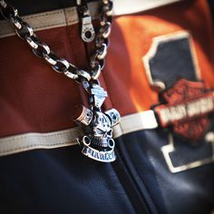 Harley-Davidson Silver Jewelry by Thierry Martino, designed and crafted by bikers for bikers. #HDbyTM #TMsilverjewelry #TMsilvernecklace #TMsilverskull http://www.soulfetish.com/en/jewelry/harley-davidson/pendant/hdp113