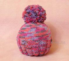 детская шапка из толстой пряжи с помпоном