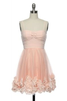 My mom is getting this for me for the spring dance!:) She was waiting to tell me so it wouldnt be stuck in my closet! and she told me it was out of stock...:p