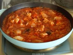 Portuguese Chicken with Tomato Sauce (Frango com Molho de Tomate) - Easy Portuguese Recipes