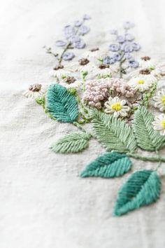 mi。刺绣。embroidery