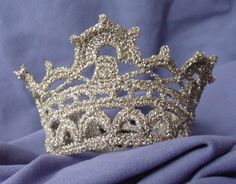 Free crocheted princess crown - patterns  This is way more intricate than the one I got from Clare Sullivan aka bobwilson123 on Facebook and youtube