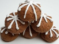Házi mézes puszedli - Mom With Five Gingerbread Cookies, Mom, Gingerbread Cupcakes, Mothers