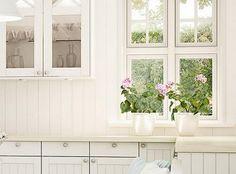 Box Frames, Flower Petals, Solid Oak, Watercolor Paper, Custom Framing, Beautiful Flowers, Flora, Kitchens, Gallery Wall